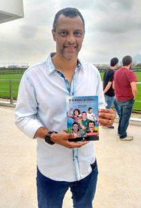 alexandre_torres_e_o_livro